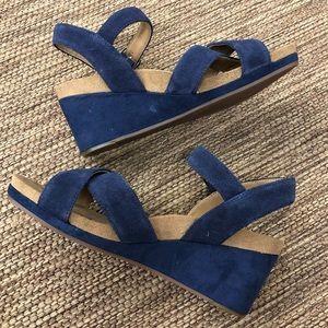 Lucky Brand Wedge Heels Navy Velvet Size 7.5